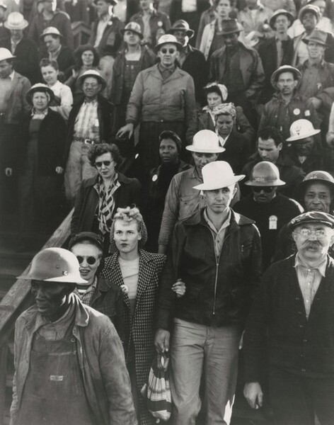 End of shift, 3:30, shipyard construction workers, Richmond, California