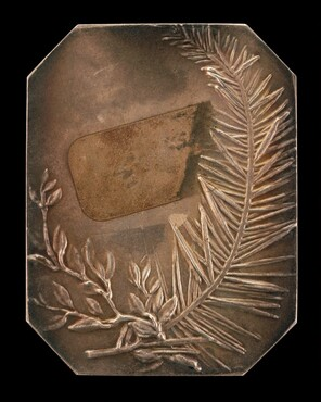 Intertwined Branches of Laurel and Evergreen [reverse]