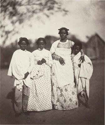 Femme Malgache et Ses Enfants (Madagascan Woman and Her Children) (Plate 3)