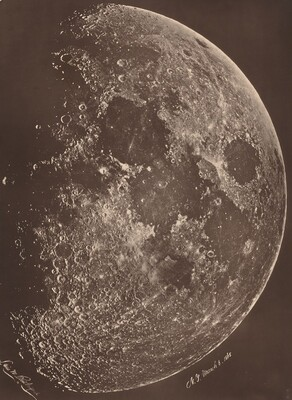 Photographie de la lune a son 1er Quartier