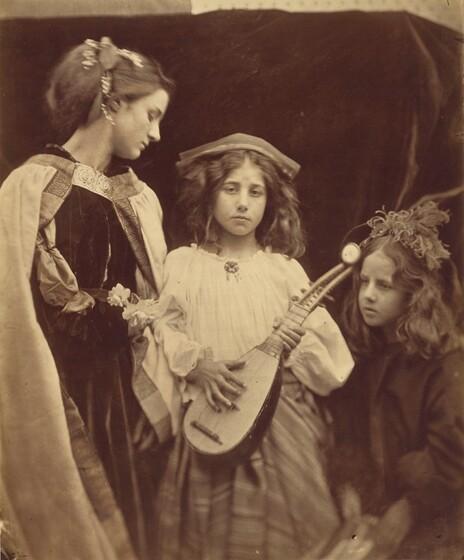 Julia Margaret Cameron, A Minstrel Group, 1867