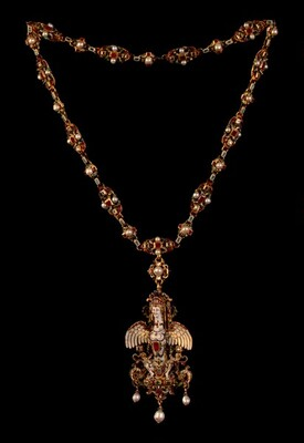 Necklace and Pendant with a Sphinx