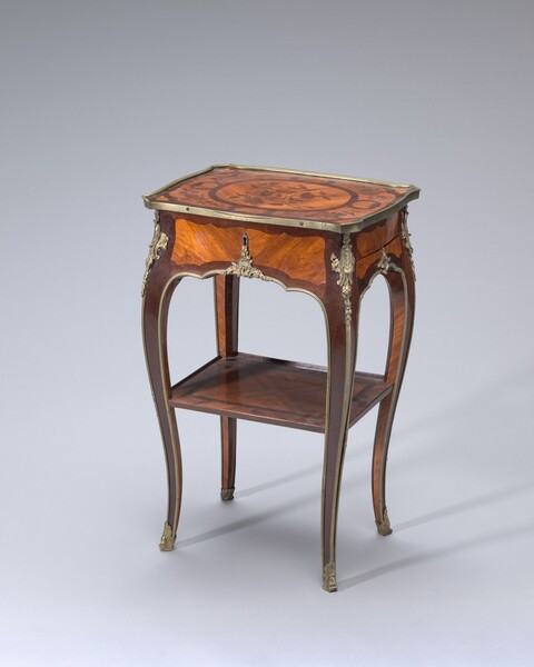 Work and Writing Table (table en chiffonnière)
