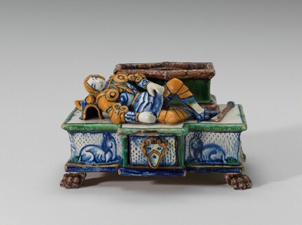 Inkstand with sleeping knight