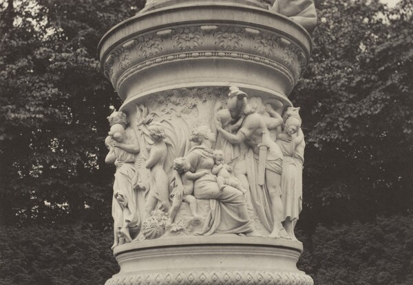 Relief of Queen Louise, Berlin