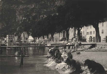 Washerwomen at Riva del Garda