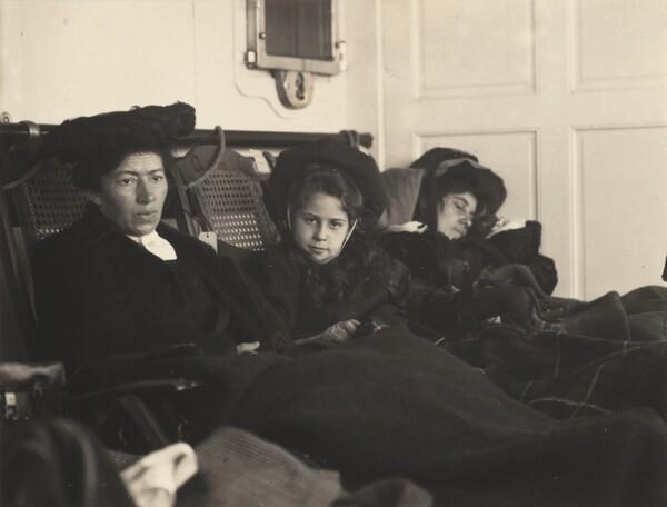 Clara Lauer, Kitty and Emmy Stieglitz