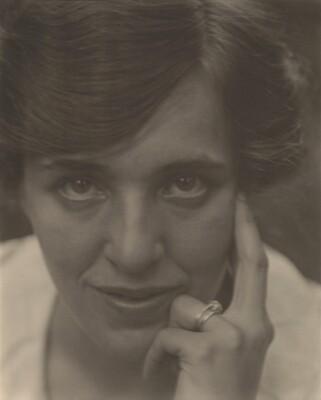 Flora Stieglitz Straus