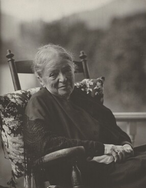 image: Hedwig Stieglitz