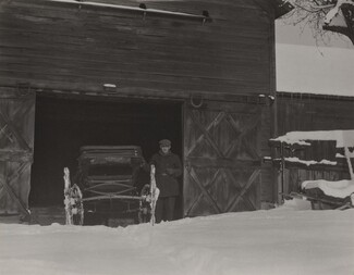 image: Barn, Carriage & Snow