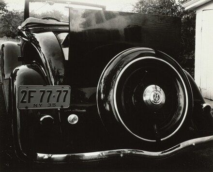 Car 2F-77-77