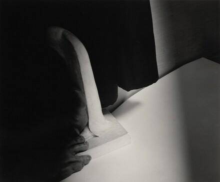 Georgia O'Keeffe--Feet and Sculpture