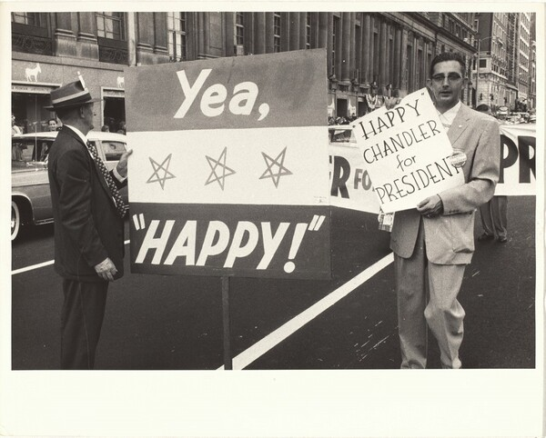 Sign, Yea, Happy!, convention--Chicago